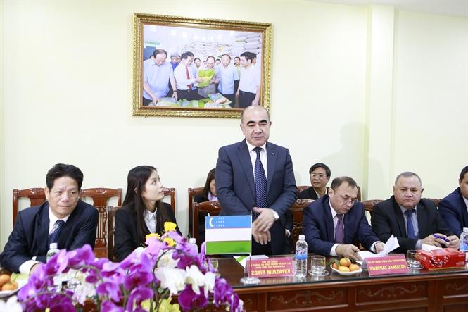 14-27-59_uzbekistn-2.jpg